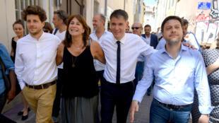 Olivier Faure (3e en partant de la gauche) venu soutenir la candidate d'union de la gauche à Marseille, Michèle Rubirola, en compagnie de l'écologiste Julien Bayou (1e) et du socialiste Benoit Payan (4e), le 22 juin 2020
