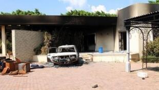 أضرار جراء الهجوم على السفارة الأمريكية في بنغازي في 12 أيلول/سبتمبر 2012