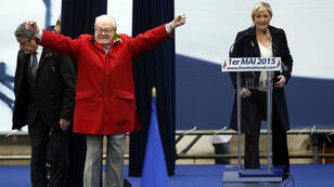 Jean-Marie et Marine Le Pen, le 1er mai 2015, à Paris.