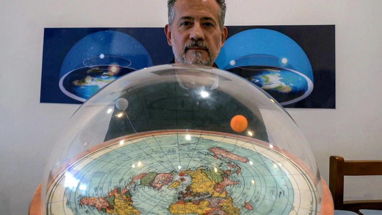 To 11 million Brazilians, the Earth is flat - FRANCE 24