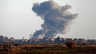 The US-led coalition has carried out intense air strikes and shelling of Islamic State group positions in the middle Euphrates Valley since its Kurdish-led allies launched a major ground offensive in May last year