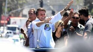 جايير بولسونارو مرشح اليمين المتطرف للانتخابات الرئاسية البرازيلية