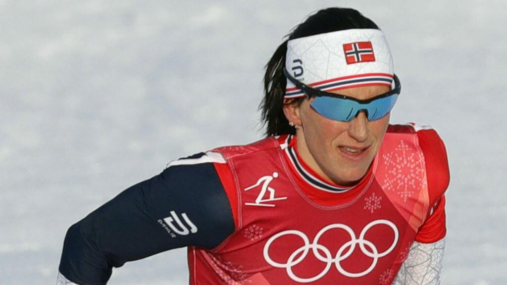 Marit Bjoergen de Noruega en acción durante la primera semifinal del esprint femenino por equipos en el Centro Alpensia Cross Country durante los Juegos Olímpicos de Invierno en PyeongChang 2018, Corea del Sur, el 21 de febrero de 2018.