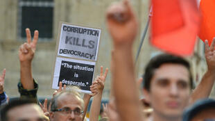 Des milliers de Maltais sont descendus dans les rues dimanche 22 octobre 2017.