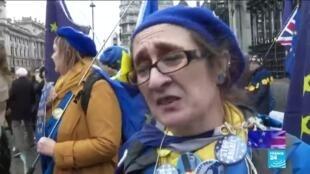2020-01-31 10:01 Au Royaume-Uni les anti-Brexit pleurent le départ de l'Union européenne