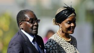 Robert et Grace Mugabe en 2014.