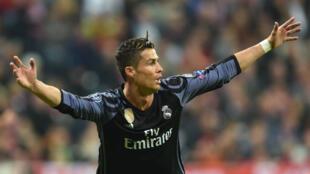 Cristiano Ronaldo a marqué son 100e but en compétitions européennes de clubs mercredi soir.