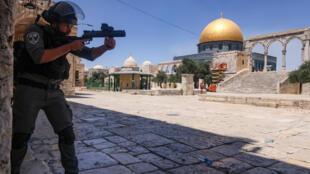 عنصر من قوات الأمن الإسرائيلية في القدس بتاريخ 18 حزيران/يونيو 2021