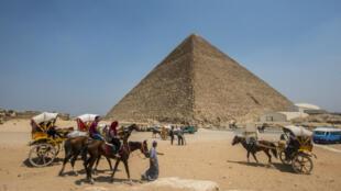La pyramide de Kheops, le 31 août 2016.