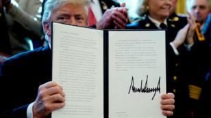 Donald Trump a signé vendredi 15 mars le premier veto depuis son arrivée au pouvoir.