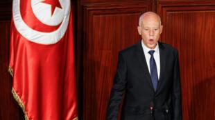 El presidente electo de Túnez, Kaïs Said, presta juramento en la Asamblea de Representantes del Pueblo en Túnez, Túnez, el 23 de octubre de 2019.