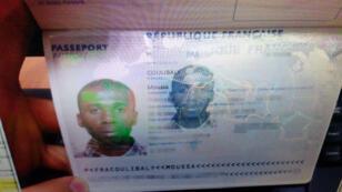 جواز سفر موسى كوليبالي مهاجم الجنود الفرنسيين في نيس