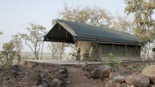 Un lodge du parc de la Pendjari, qui avec ses 4700km2, s'étend sur le Bénin, le Burkina Faso et le Niger.