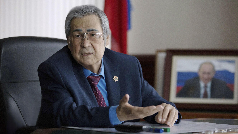 Gobernador de Kémerovo, Amán Tuléyev, durante una reunión en la región siberiana. Marzo 7 de 2018