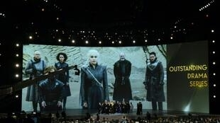 "Le casting de ""Game of Thrones"" reçoit un Emmy, à Los Angeles le 17 septembre 2018"