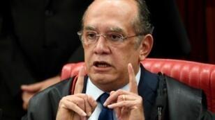 القاضي جيلمار مينديس رئيس المحكمة العليا الانتخابية في البرازيل
