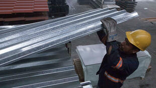 Un trabajador en una fábrica de distribución de acero en Monterrey, México, el 31 de mayo de 2018.