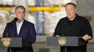 El secretario de Estado de Estados Unidos, Mike Pompeo, junto al mandatario colombiano, Iván Duque, durante la conferencia de prensa que ofrecieron en la ciudad de Cúcuta, Colombia, el 14 de abril de 2019.