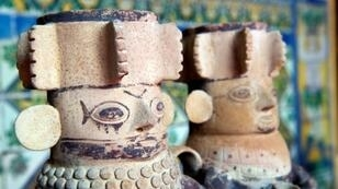 The archeological pieces can be traced back to pre-Columbian cultures including the Moche, Chimu, Nasca, Chancay, Huari, Vicus, Lambayeque and Chincha, as well as the Incas