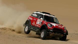 Rally Dakar - 2018 Perú-Bolivia-Argentina. El piloto del equipo Mini X-Raid Boris Garafulic y el copiloto Felipe Palmeiro Rally Dakar en la primera etapa desde Lima, Perú el 6 de enero 2018.
