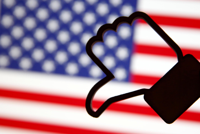 300620-trump-facebook-m
