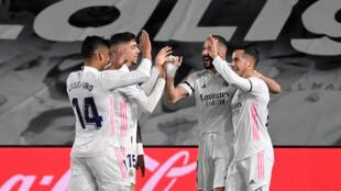 El Real Madrid logró una victoria por 2 a 1 contra el Barça en el clásico del fútbol español. En el estadio Alfredo di Stefano el 10 de abril de 2021.