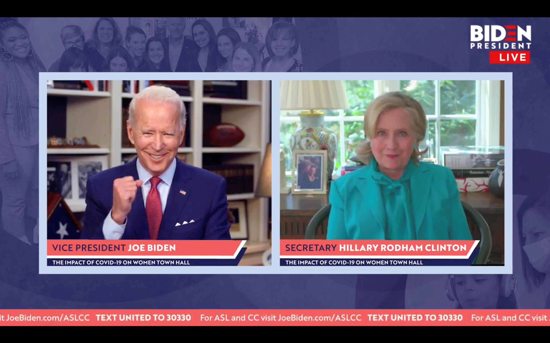 Joe Biden et Hillary Clinton lors d'un événement virtuel le 28 avril 2020.