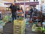 Coronavirus : sur les marchés de plein air, consommateurs et producteurs s'adaptent aux restrictions