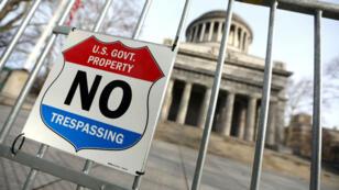 """Le mémorial national du général Grant est l'un des monuments historiques fermés à cause du """"shutdown""""."""