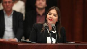María Alejandra Vicuña, la nueva vicepresidenta de Ecuador, se dirige a la audiencia después de haber sido elegida por la Asamblea Nacional en Quito, el 6 de enero de 2018.