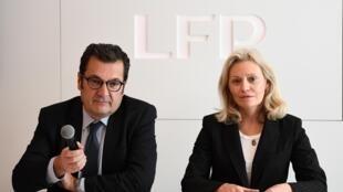 Nathalie Boy de la Tour (d) et Didier Quillot, présidente et directeur général exécutif de la Ligue de football professionnel (LFP), en conférence de presse à Paris, le 10 mars 2020