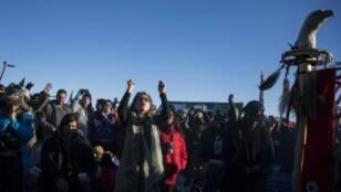 Des opposants au projet d'oléoduc dans la réserve de Standing Rock, le 4 décembre.