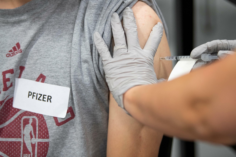 pfizer booster