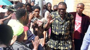 Le nouveau président namibien, Hage Geingop, en campagne, le 28 novembre 2014, à Windhoek.