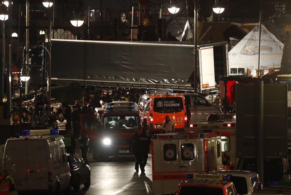 الشاحنة التي استخدمت في الهجوم على سوق للميلاد في العاصمة برلين