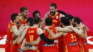نهائي الأرجنتين ضد إسبانيا في كرة السلة. بكين ، الصين15 سبتمبر  2019