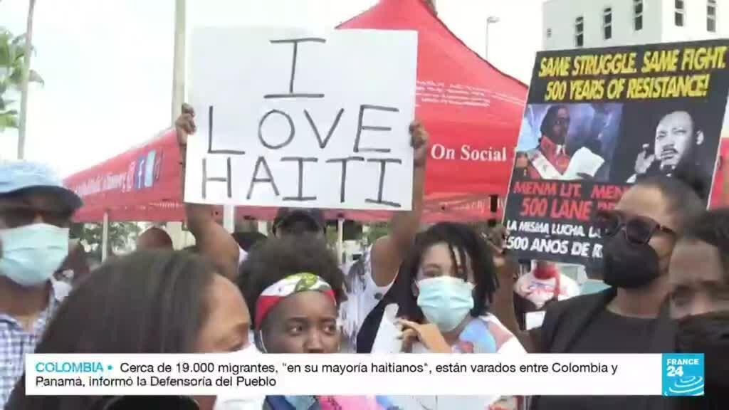 2021-09-23 14:06 Haitianos residentes en Miami protestan contra el abuso de la patrulla fronteriza en Texas