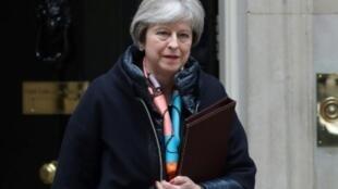 رئيسة الوزراء البريطانية تيريزا ماي في لندن في 13 آذار/مارس 2018.