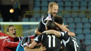 Les joueurs de la sélection albanaise célébrant leur qualification pour l'Euro-2016.
