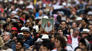 Crowds await for the passage of Pope Francisco in Quito, Ecuador, on July 5, 2015
