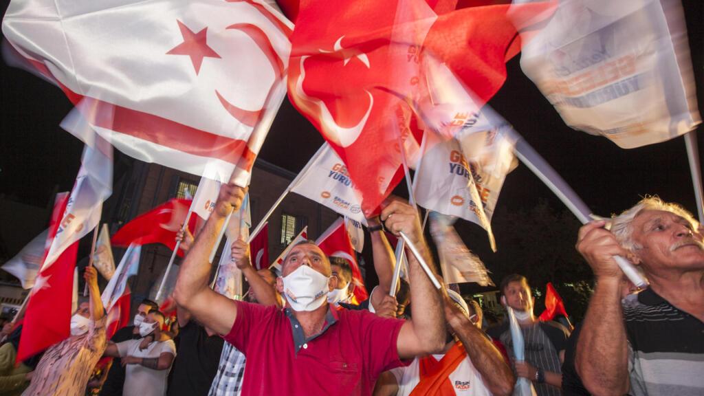 Election à Chypre-Nord : victoire surprise du candidat d'Ankara Ersin Tatar