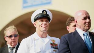 Le sous-officier Edward Gallagher, après avoir été acquitté du meurtre d'un prisonnier, le 2 juillet 2019 à San Diego, en Californie.