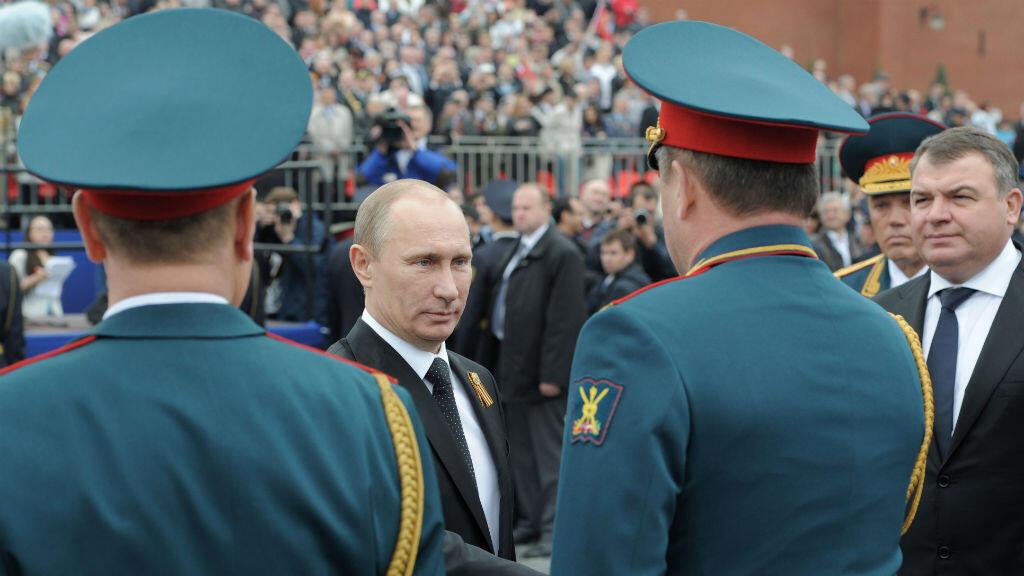 Le président russe nie avoir envoyé ses soldats en Ukraine