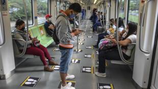 Una imagen del metro de Medellín, el 28 de abril de 2020