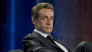 L'ancien chef de l'État Nicolas Sarkozy a annoncé mercredi sur Facebook qu'il voterait pour Emmanuel Macron.