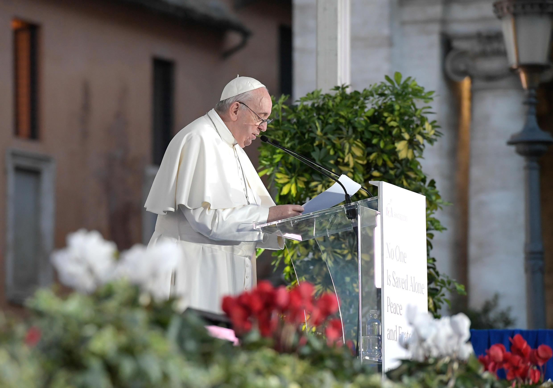 pope francis mass prayer