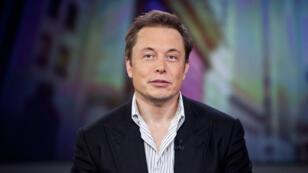 Elon Musk, l'homme qui veut créer un langage sans paroles.