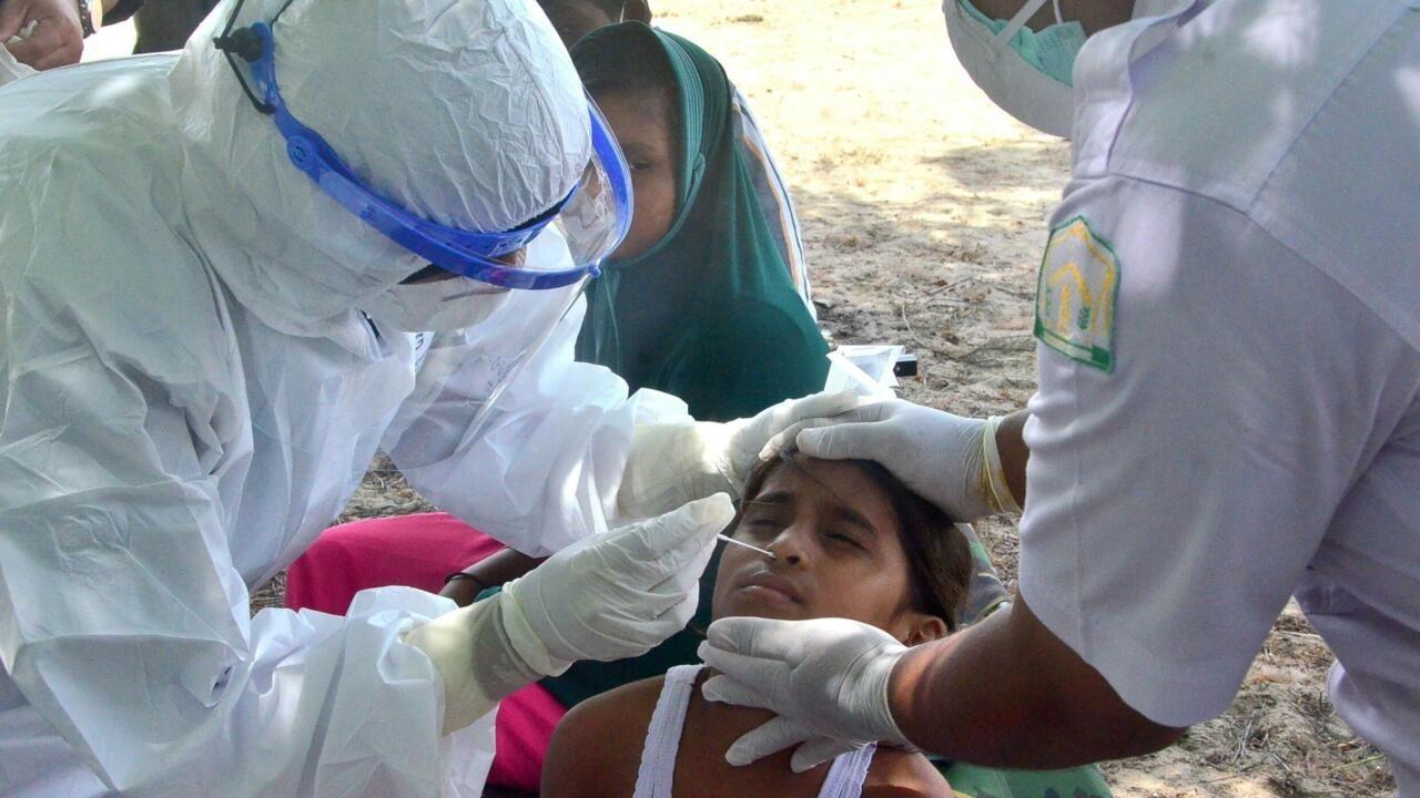 Bangladesh starts Covid-19 vaccination drive for Rohingya refugees