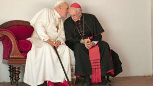 Anthony Hopkins y Jonathan Pryce encarnarán a los pontífices Benedicto y Francisco respectivamente, en la cinta 'The Two Popes', presentada oficialmente en el Festival Internacional de Cine de Toronto, en Canadá.