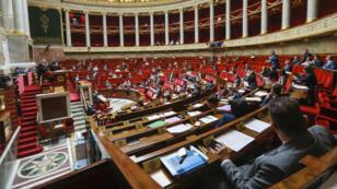 Les députés français ont largement voté en faveur des projets de loi de moralisation de la vie politique, vendredi 28 juillet 2017.